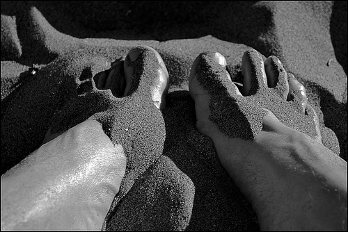 Sea Oats Motel wants to see your feet in the sand!